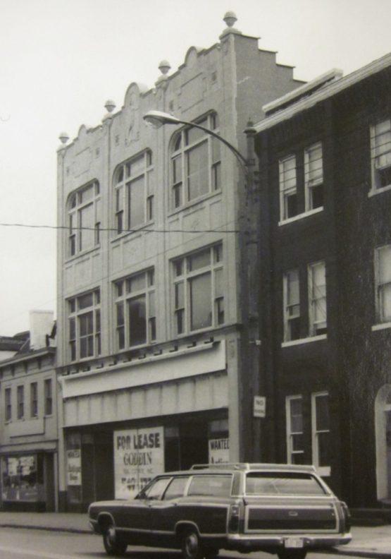 908 King Street
